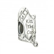 Kiss the Cook Oven Mitt Bead