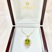 14kt DIAMOND PERIDOT NECKLACE